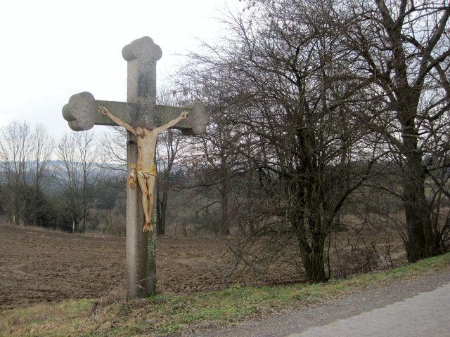 kříž u Střížova