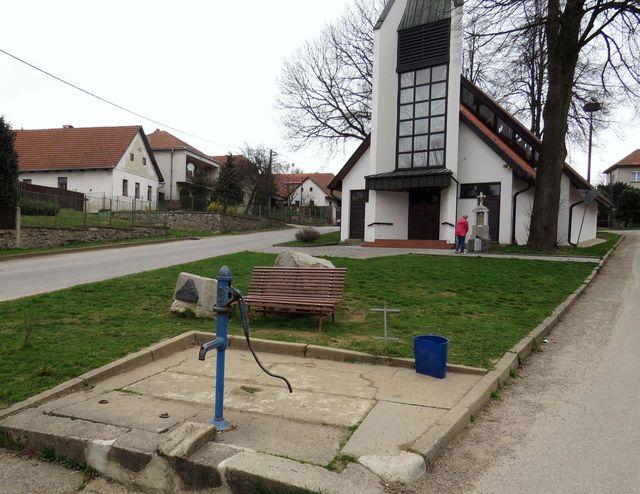 studna sv. Zdislavy v Lavičkách