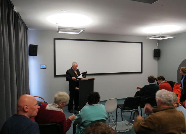 v přednáškovém sále Domu Gustava Mahlera; www.svatosi.cz