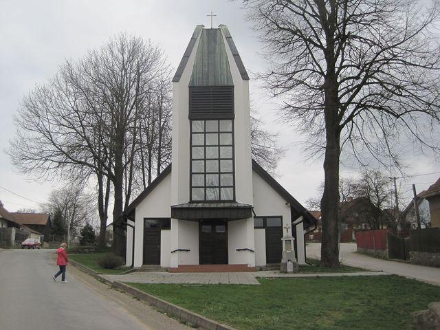 kostel sv. Zdislavy v Lavičkách