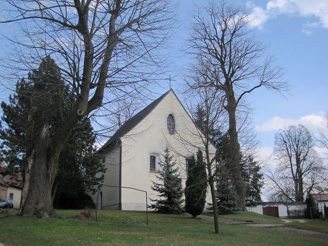kaple sv. Barbory nedaleko zámku v Křižanově