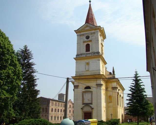 kostel sv. Maří Magdaleny v Heřmanicích nad Labem u Jaroměře; www. svatosi.cz