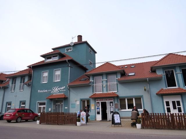 cíl pochodu byl v restauraci penzionu Lihovar v Rouchovanech