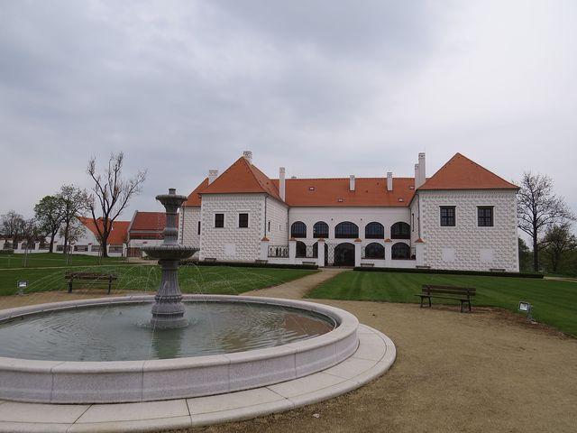 v roce 2015 získala rekonstrukce zámku ocenění Prestižní stavba Kraje Vysočina