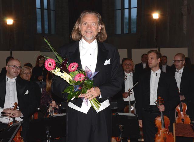 dirigent Patrick Gallois řídil zahajovací koncert festivalu Mahler Jihlava - Hudba tisíců