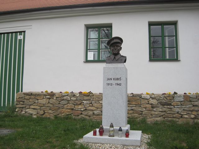 Jan Kubiš provedl 27.5.1942 atentát na Reinharda Heydricha