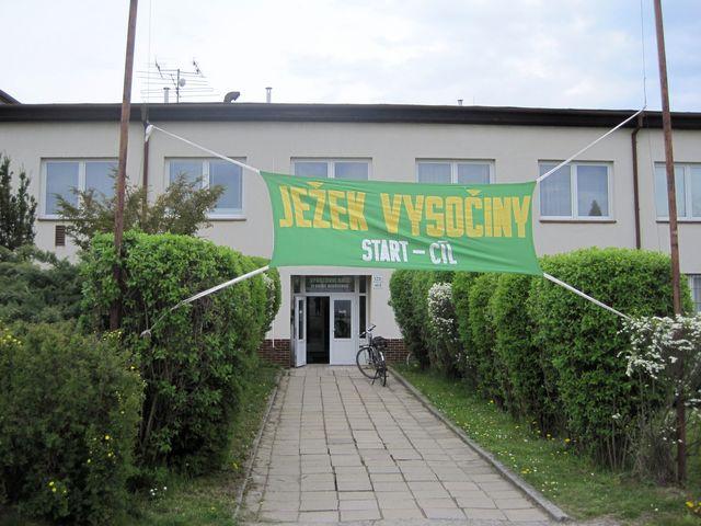 štáb dvoudenního pochodu sídlil v budově Sokola Bedřichov