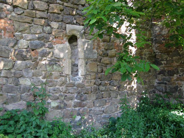 toto prý je nejstarší část konventu - původní okénko z cely jeptišek