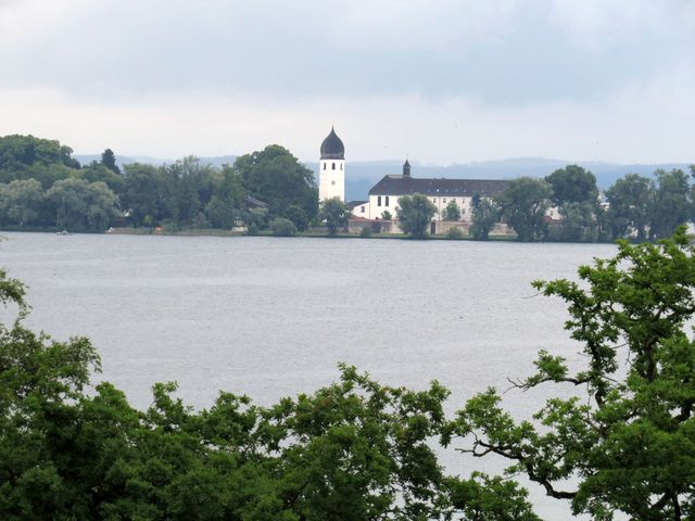 výhled na Fraueninsel