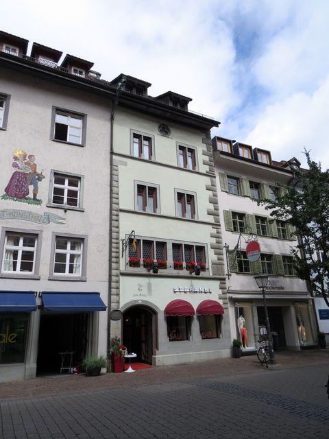 dům U Delfína, kde bydlel v roce 1415 Jeroným Pražský