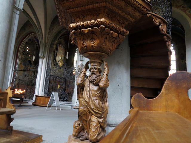 socha má prý podobu Mistra Jana