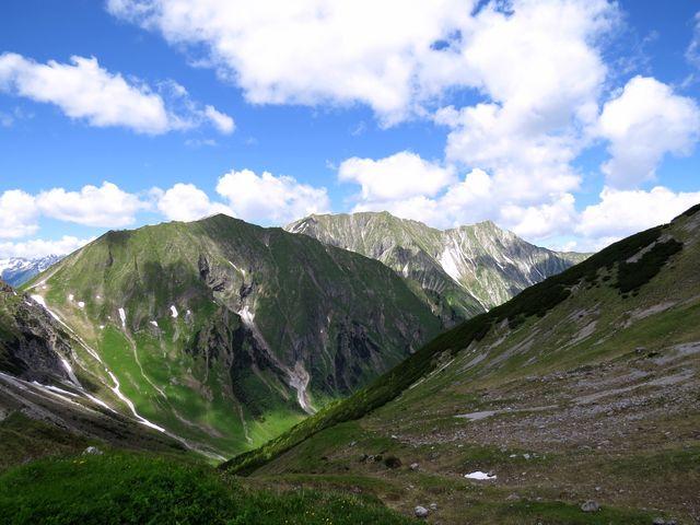 tímto údolím jsme došli do sedla Putzenjoch