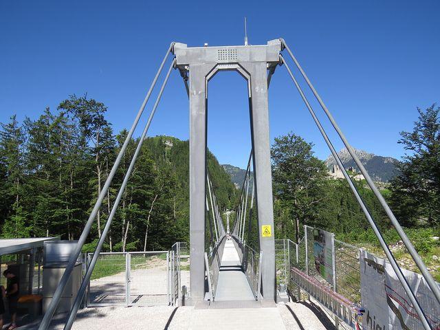 most je dlouhý přes 400 metrů