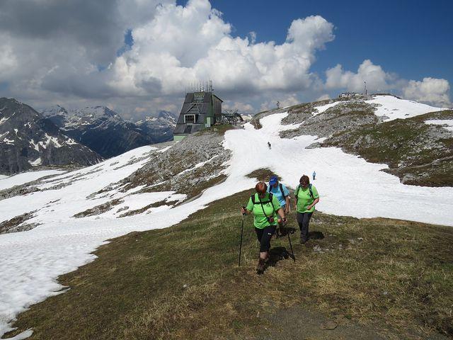horní stanice lanovky na Rüfikopf (2 350 m)