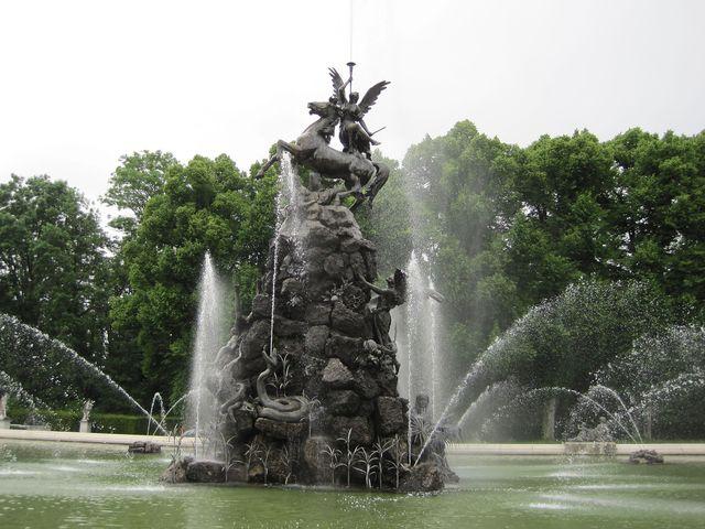 sochy, fontány - dokonalé divadlo
