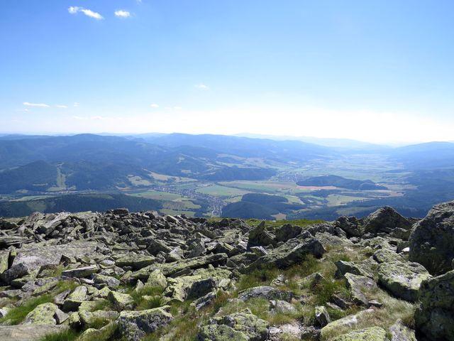 výhled do údolí Hronu z Bartkové