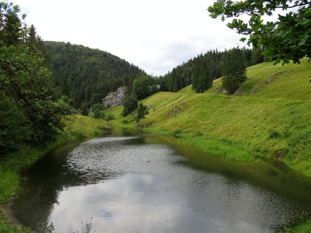 vodní nádrž na řece Hnilec