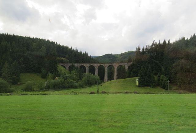 Chramošský viadukt, jeden z mostů systému Telgártské smyčky