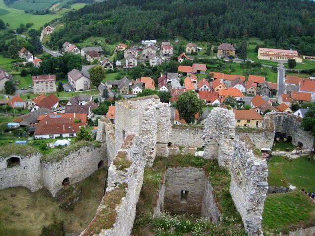 hrad Rabí je opuštěný od začátku 18. století
