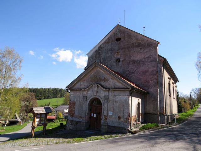 kostel sv. Anny v Modletíně