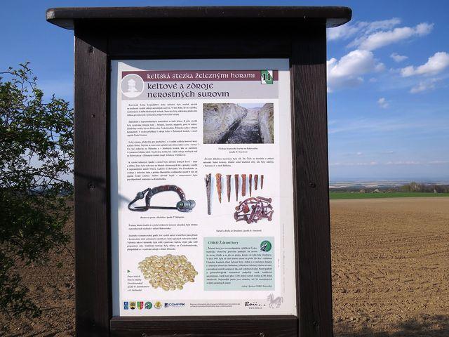 tabule poskytují dostatek informací o životě v této oblasti před dvěma tisíci lety