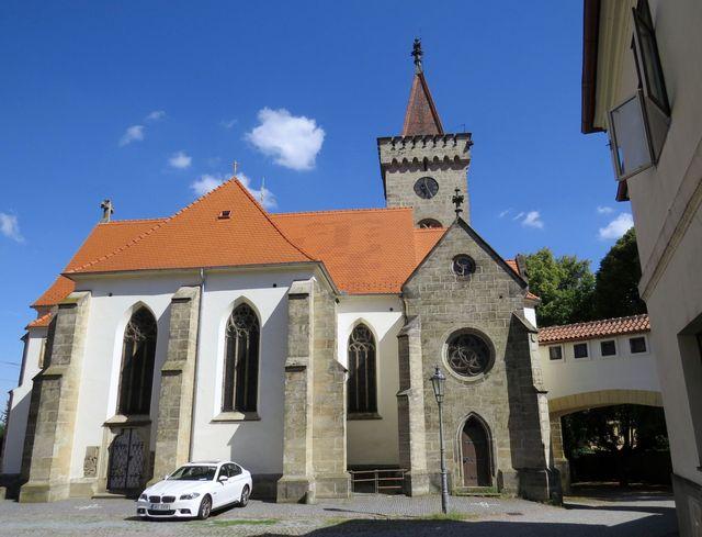 kostel sv. Martina ve Slatiňanech