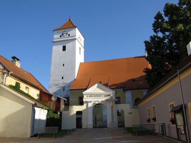 kostel sv. Václava ve Velešíně