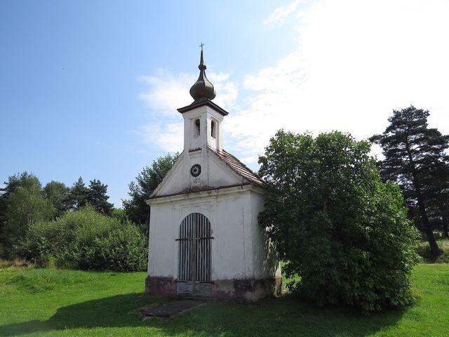 návesní kaple v Polžově