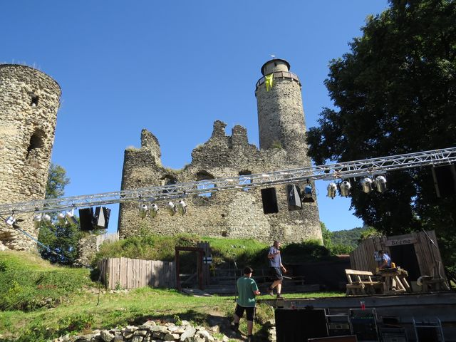 hrad Kostomlaty, zvaný též Sukoslav