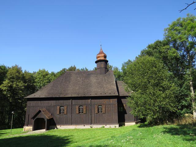 kostel sv. Jana Křtitele byl z bývalých Flájí přestěhován do Českého Jiřetína