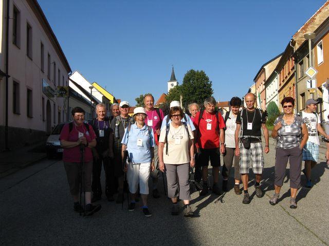 turisté z Jihlavy jsou stálými účastníky pěšího putování po jižních Čechách; foto M. Bradová