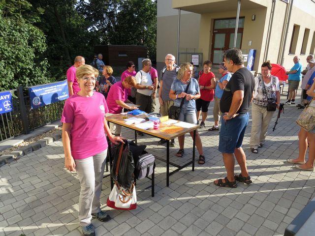 start pochodu byl v 17:00 před Domem dětí a mládeže v Jihlavě; www.svatosi.cz