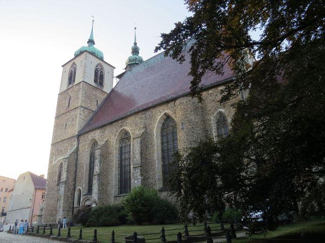 kostel sv. Jakuba na Jakubském náměstí v hustorickém centru Jihlavy