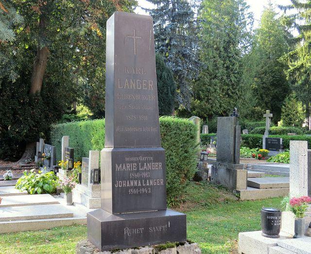 Karl Langer se stal čestným občranem v roce 1900