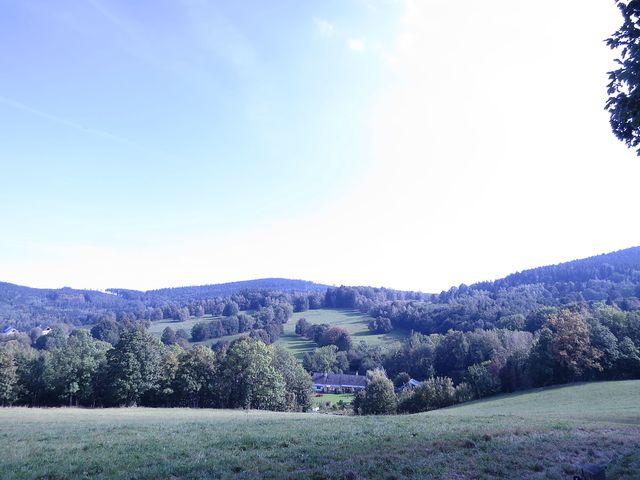 všechny horské osady, kterými jsme procházeli, patří do katastru obce Uhelná