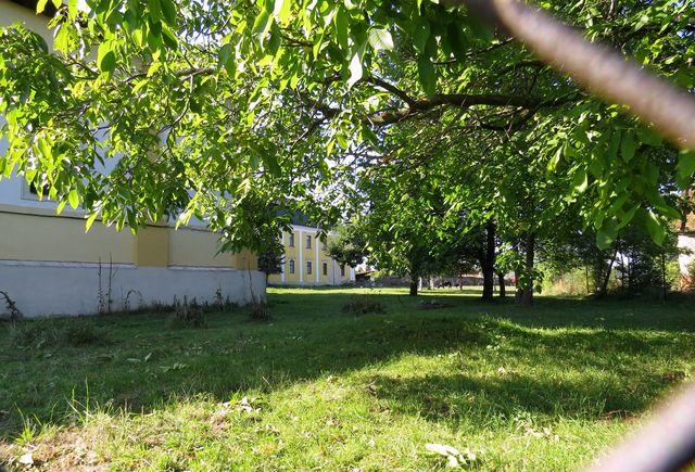 bývalá klášterní zahrada, kde jsme byli na začátku 70. let