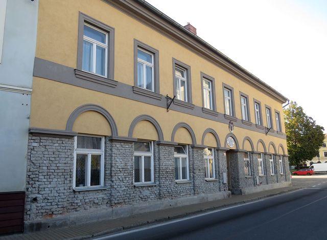 jedna z historických budov u náměstí v Javorníku