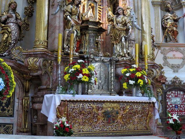 od roku 2007 se starají o církevní areál františkáni