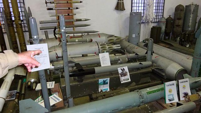 ve sbírce jsou zbraně převážně z II. světové války; foto L. Tomáš