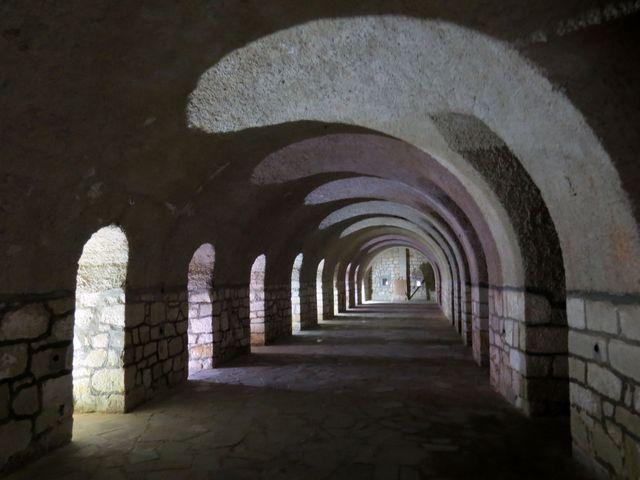 ve vnitřním dvoře pevnosti
