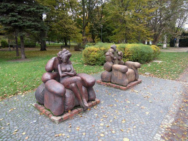 sochy ve vratislavském parku