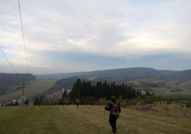 v údolí městys Machov, východiště turistických cest