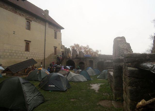 turistů, kteří se účastnili Posledního puchýře a spali ve stanech, nebylo málo - zkrátka tvrďáci