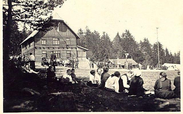 slavnost při otevření velké turistické chaty 2.9.1923