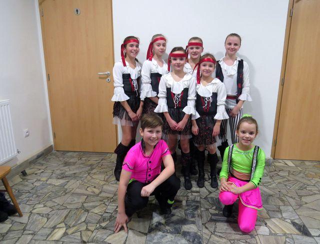 tanečníci klubu Elvis; www.svatosi.cz