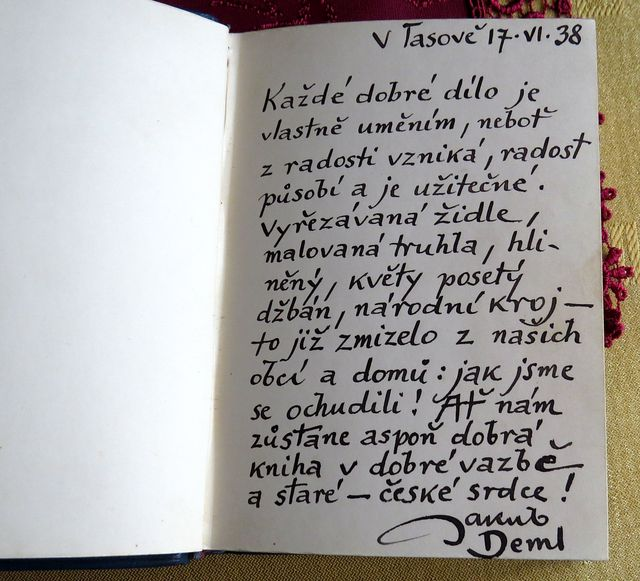 věty vepsané do památníku Jakubem Demlem v roce 1938