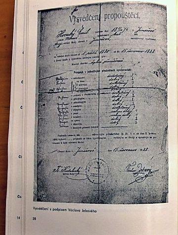 z knihy Josefa Pěnčíka, podpis učitele Václava Jebavého, který jako básník užíval pseudonym Otokar Březina