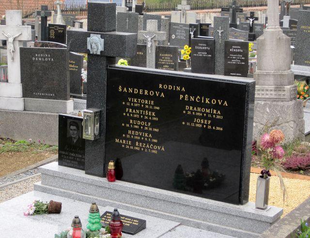 místo posledního odpočinku Josefa Pěnčíka