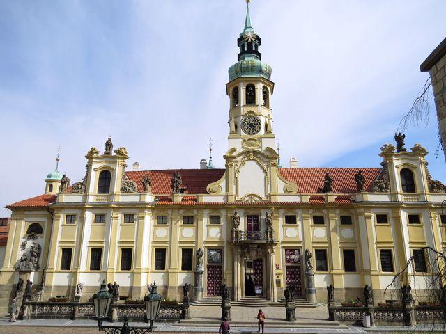 Loreta, barokní klenot Prahy, stavěný architekty z rodu Dientzenhoferů