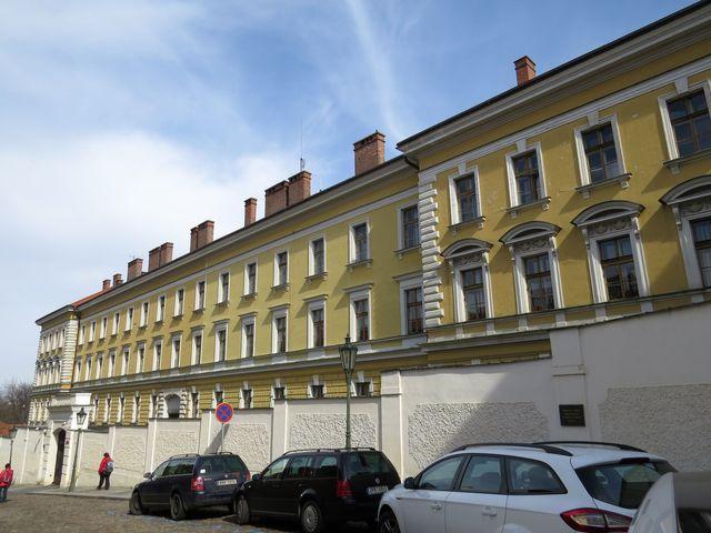 Hradčanský domeček - pověstné vězení odpůrců komunistického režimu